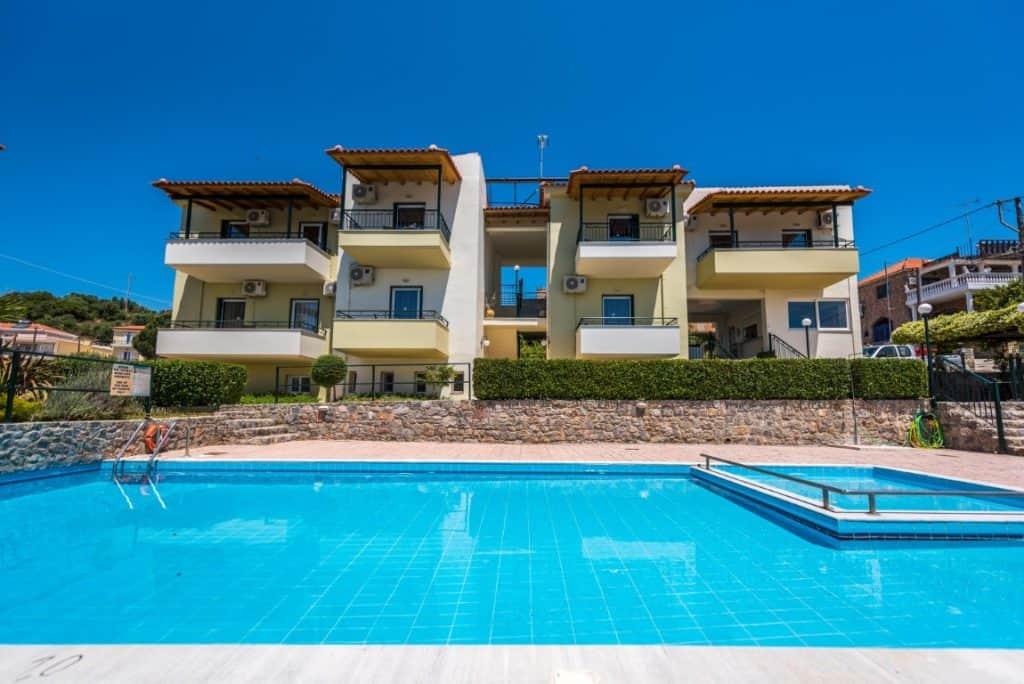 Fotis Apartments Finikounda 1